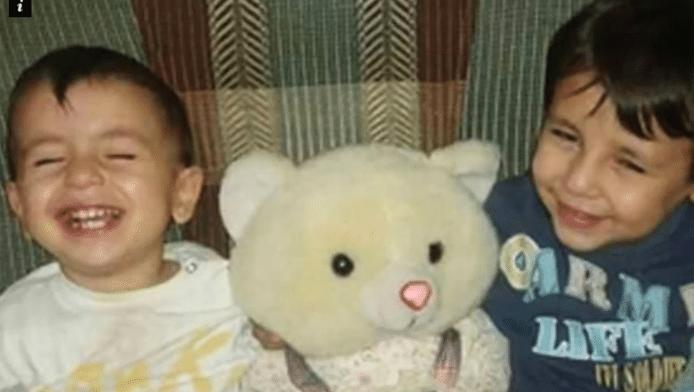 De broertjes Aylan (3) en Galip (5).