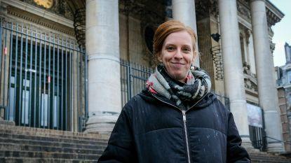 """Studente helpt gezinnen omgaan met meertaligheid: """"Voor 60 procent van Brusselse kinderen is dit de realiteit"""""""