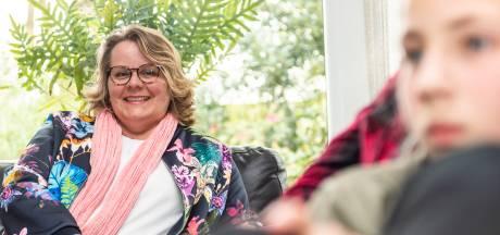 Karin Meijer van gastouderbureau Bijdehand in Gelderland: ,,Ik vind het heel erg leuk om klein te lijken''