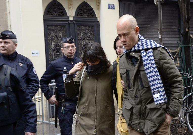 Journalist Laurent Léger arriveert bij de wekelijkse redactiebijeenkomst van Charlie Hebdo. Beeld afp