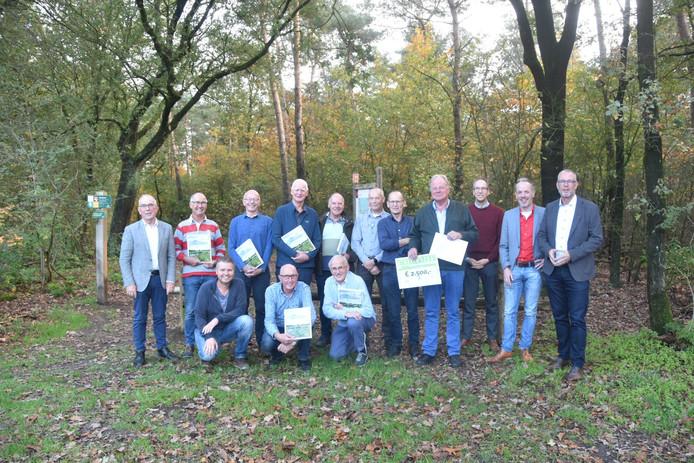 De winnaars, die zich allemaal nauw verbonden voelen met het Gagelmans vennegie in Nijverdal.