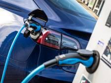 Snelladers voor elektrische auto's bij Sallandse Heuvelrug en op 't Lochter in Nijverdal gewenst