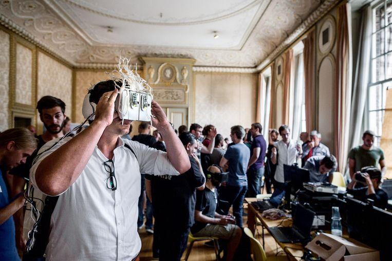 Werp een blik op de toekomst tijdens de Dutch VR Days. Beeld Rink Hof