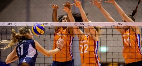 Volleybalsters onderuit tegen Servië