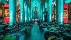 8 uur durend klassiek concert in de Antwerpse kathedraal: onze reporter deelt zijn ervaring van een bijzondere nacht