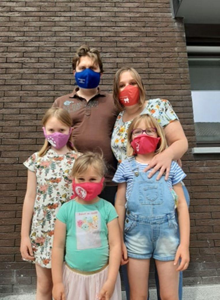 De mondmaskers van 'Kleine Held'.