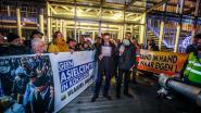 Vlaams Belang voert voor gemeenteraad actie tegen asielcentrum