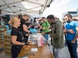 Van Dijk in Kampen beloont vakantiekrachten met snacks