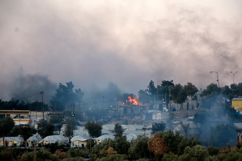 Het is nog niet duidelijk of door de branden doden of gewonden zijn gevallen.