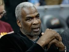 Ex-basketballer Oakley betrapt op valsspelen
