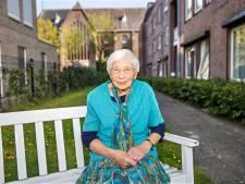 Broer en zus Verbakel uit Aarle-Rixtel: 60 jaar priester en 70 jaar zuster  'om te helpen'