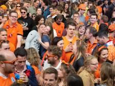 Koningsnacht en Koningsdag: volop feesten in parken en op pleinen, in dorpen volop kinderspelen