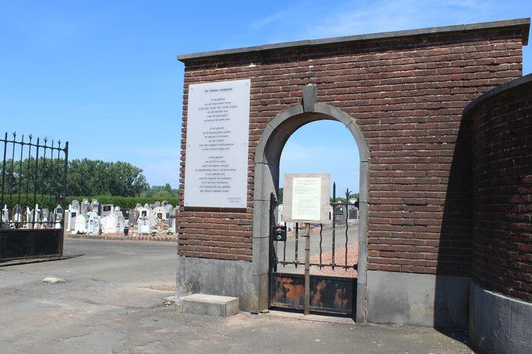 De begraafplaats in Galmaarden wordt binnenkort volledig in kaart gebracht.
