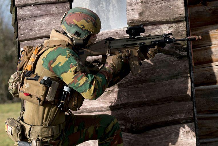 Het leger zal de komende jaren 10.000 nieuwe militairen moeten rekruteren.