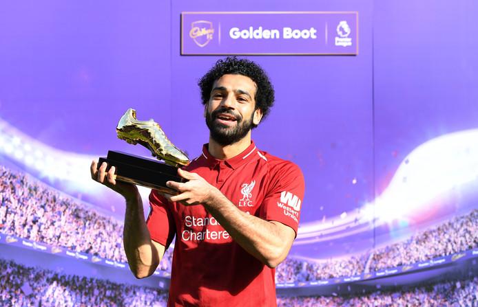 Mo Salah met de Gouden Schoen voor de topscorer van de Premier League.