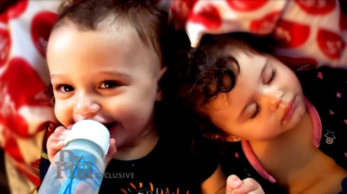 Les jumeaux sont morts en plein mois de juillet, enfermés dans une voiture.
