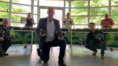 Stadsbestuur Eeklo zet personeel (letterlijk) in de bloemetjes