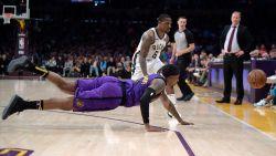 VIDEO. Milwaukee is als eerste team zeker van de play-offs na zege bij de Lakers