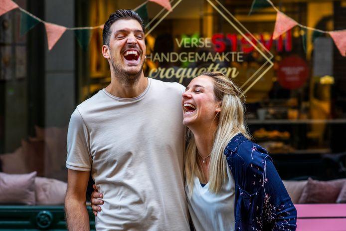 Brian Steevens (27) en Désirée Stroes (26) bedachten al heel wat aparte en grappige kroketten. De kroketletter werd na een rustige start een ware kaskraker.