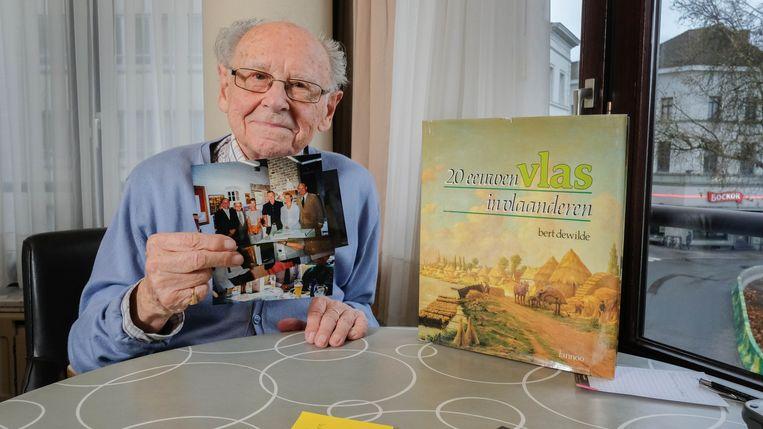 Bert Dewilde houdt goede herinneringen over aan het bezoek van George Bush sr en Roger Declerck aan ''zijn'' Vlasmuseum in Kortrijk.