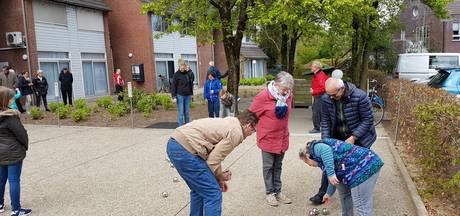 Opening jeu-de-boulesbanen bij woonvoorziening in Liempde