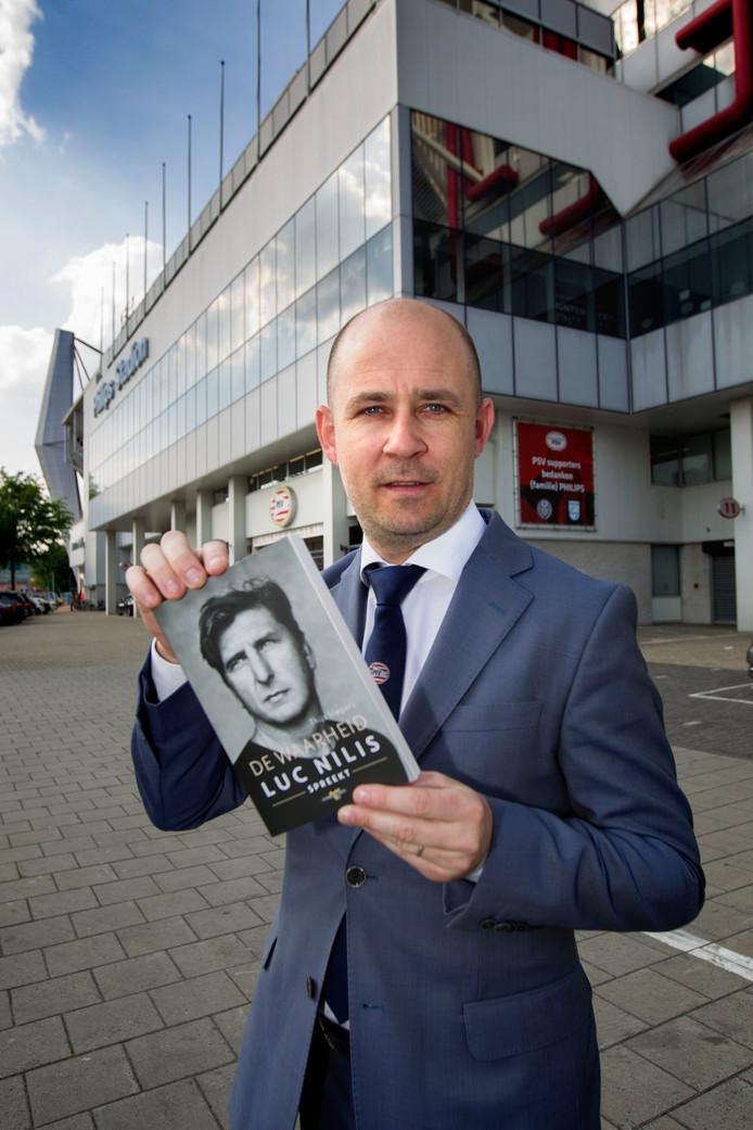Thijs Slegers, perschef van PSV en auteur van twee sportboeken.