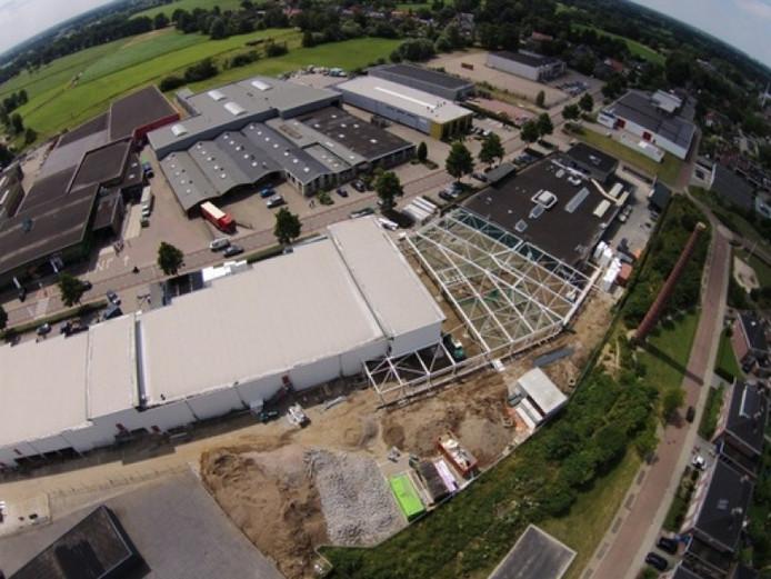 Het Needse Onderwijsplein in aanbouw, vanuit de lucht gezien.