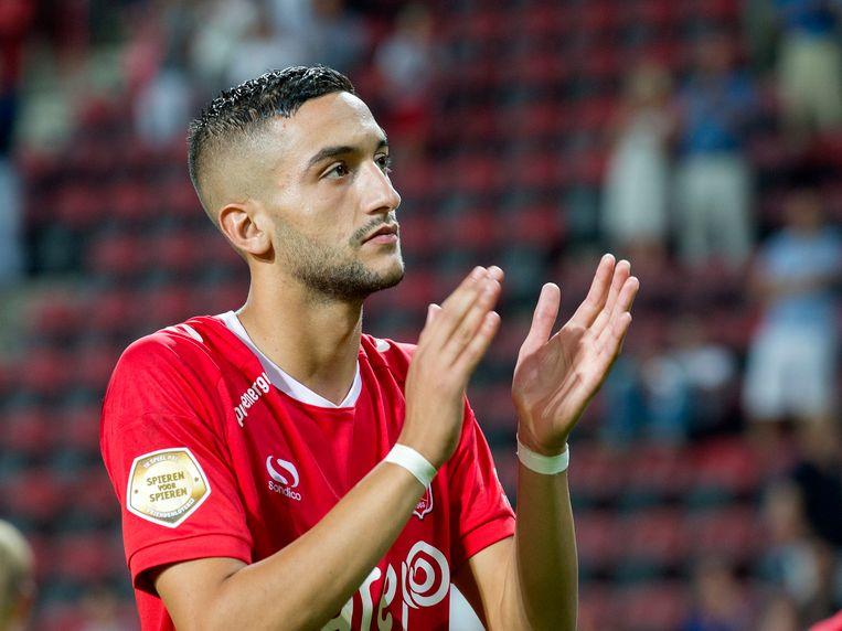 Ajax schreef 11 miljoen euro over op de rekening van Twente voor Hakim Ziyech.