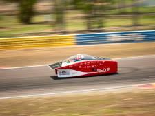 Twentse zonneauto als  vijfde van start in Australië