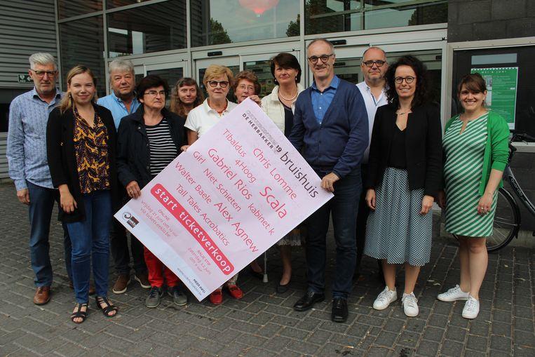 De groep achter de 'noodprogrammatie' van CC De Herbakker in Eeklo.