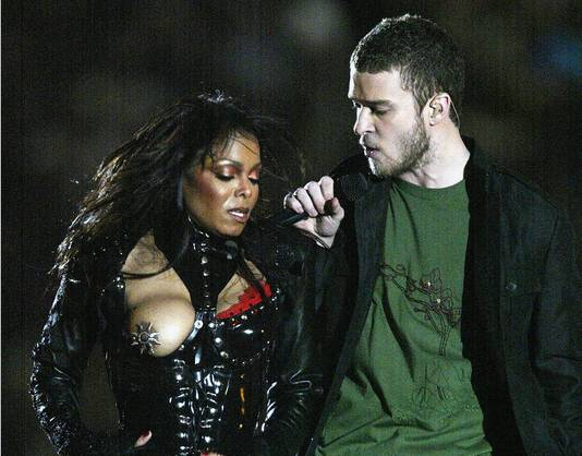 Janet Jackson leek in 2004 de trendsetter.