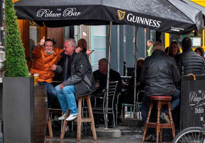 De inwoners van Dublin zullen een bezoek aan hun geliefde pubs voor minstens zes weken moeten laten.