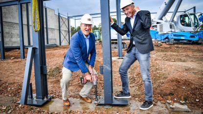 Turnhouts bedrijf strikt Jacques Vermeire en Helmut Lotti als bouwvakkers