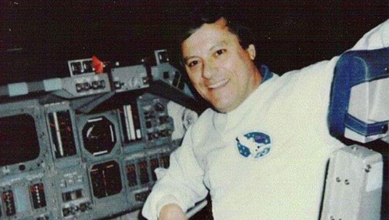 Clark McClelland in de space shuttle, of het gaat om een authentieke foto, is niet duidelijk.