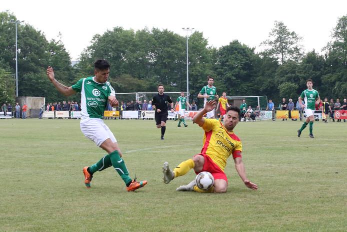 Nieuwdorp (groen) degradeerde, terwijl Arnemuiden (geel) de laatste periodetitel pakte