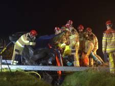 Zwollenaar (59) bekneld na crash in Nieuwleusen