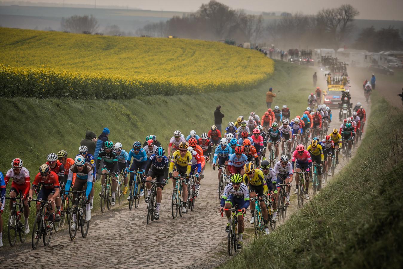 Parijs-Roubaix 2019, in de lente.