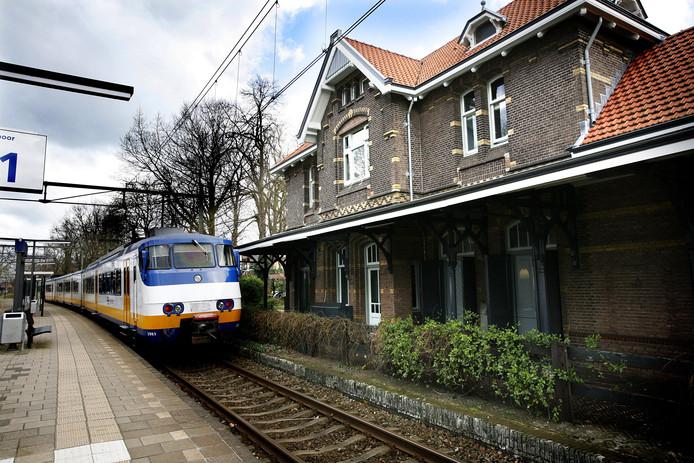Station Soest, een van de kleinste NS-stations van Nederland. De grond onder het oude stationsgebouw bleek per abuis overgedaan aan een vastgoedondernemer.