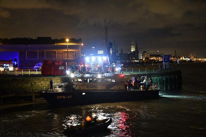 De hulpdiensten op en aan het water.