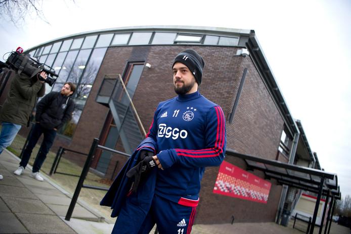 Het opvallendste gezicht deze week op de Ajax-training: Amin Younes.