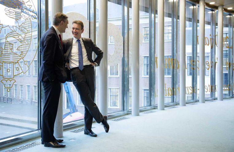 CDA-leider Buma in gesprek met VVD-fractievoorzitter Zijlstra. Beeld anp