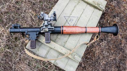 Politie vindt twee bazooka's en raket in appartement in Hasselt