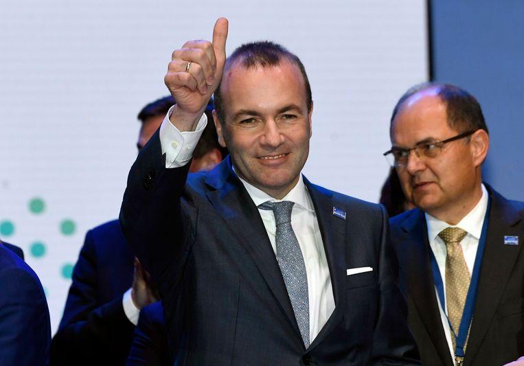 Manfred Weber nadat hij door de Europese christen-democraten gekozen is als lijsttrekker op hun congres in Helsinki.  Beeld AP