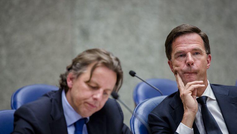 Premier Mark Rutte en Minister Bert Koenders van Buitenlandse Zaken tijdens het debat over de uitslag van het referendum. Beeld anp
