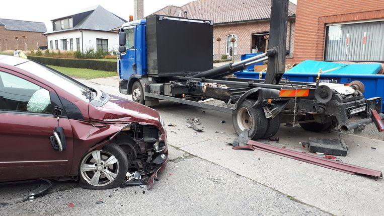 Bij het ongeval raakte niemand gewond.