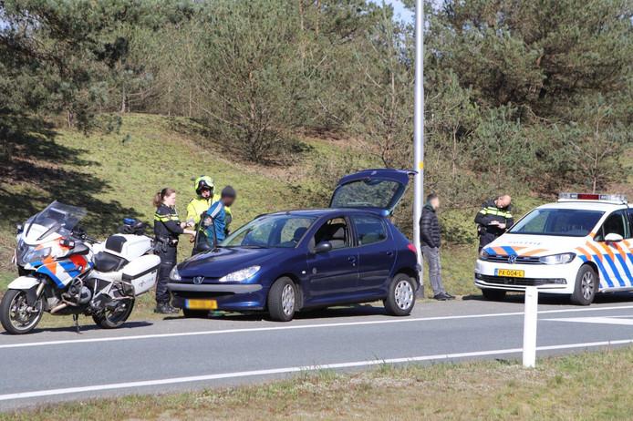 De mannen werden opgepakt op de N302 in Uddel, vlak naast de A1.