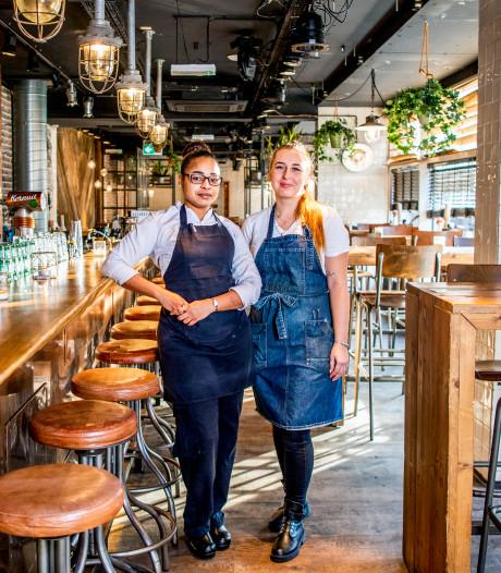 Scharrels en Schuim is meer een kroeg waar je kunt snacken dan een restaurant met grote bierkaart
