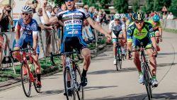 """Ouders en vriendin van gestorven wielrenner weer thuis: """"Joren daar moeten achterlaten, dat is de hel"""""""