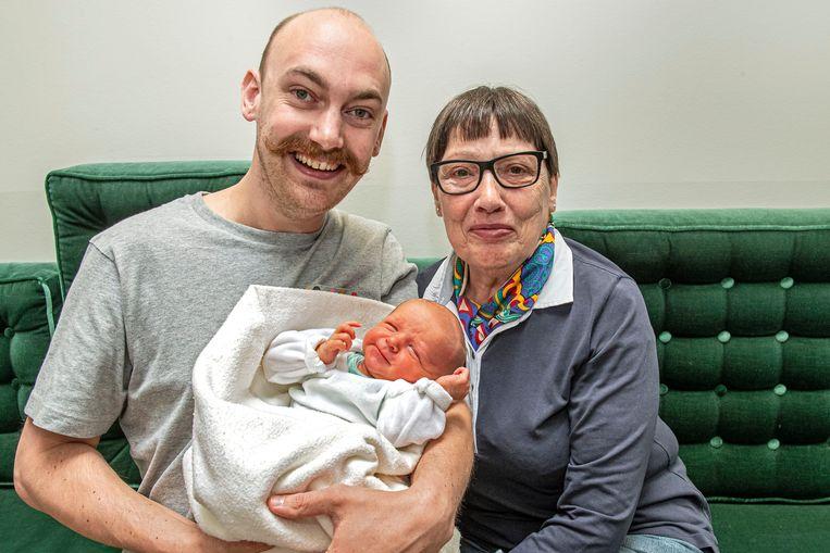 Janwillem Van Maele, Francine Buyse en Ólafur Van Maele delen niet alleen een familieband, maar ook hun verjaardag.