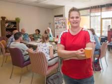 Dankzij Lindsey (29) kan iedereen  zichzelf zijn bij het Rainbow Café in Goes